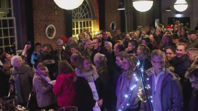 Flashmob tijdens kaarsjesavond